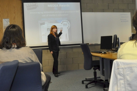 Deborah Arnold introduces the training workshop on animation